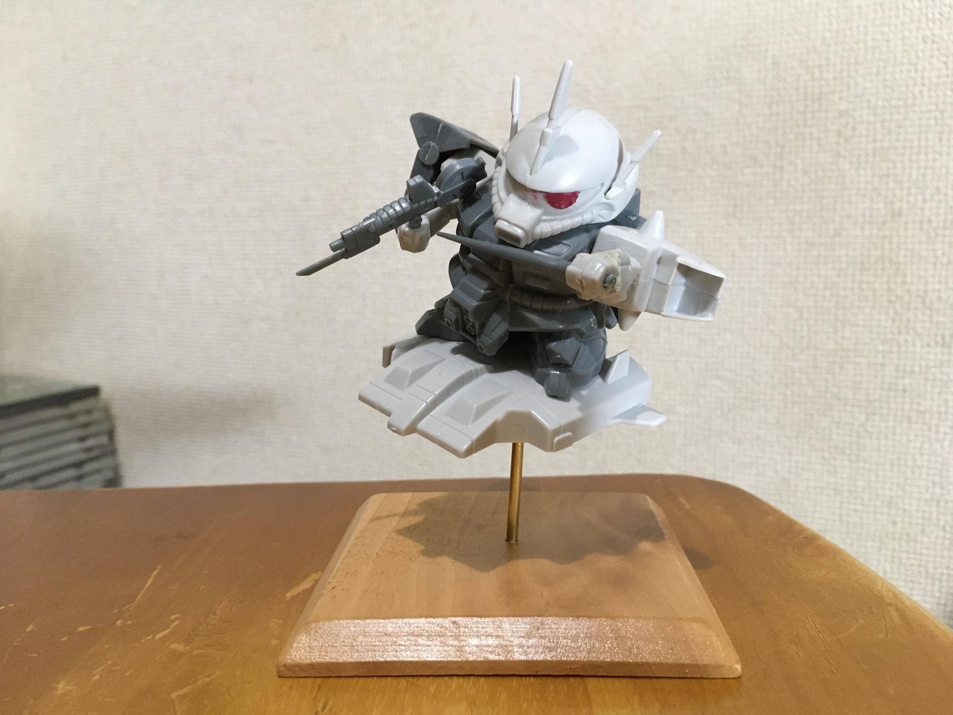 bb戦士 ザクスリー 素組み➂.JPG